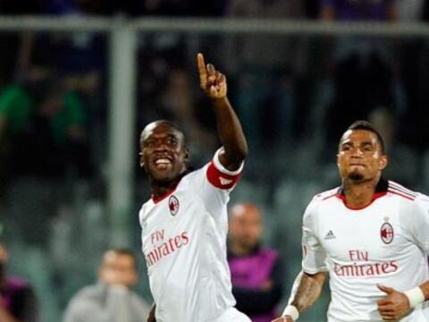 El Milan se mantuvo como líder en el fútbol italiano tras...