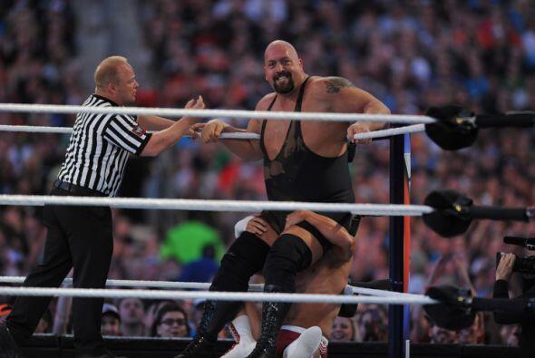 Cody Rhodes se comió sus palabras, mientras que Big Show conseguía su pr...