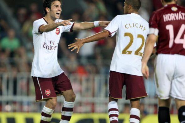 Más tiempo estuvieron Cesc y Gael Clichy como compañeros en el Arsenal....