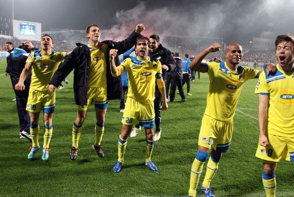 (Con información de EFE) El APOEL Nicosia y el Milan se amparan en el fa...
