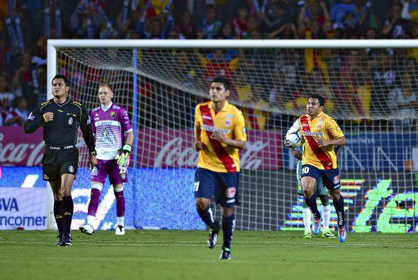 El ecuatoriano arrancó desde medio campo y se sacó jugadores del León po...