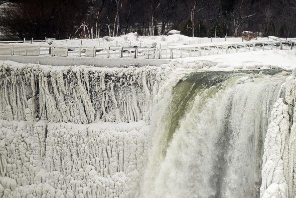 Duarte dijo a Efe que la acumulación de hielo en Niágara es mucho mayor...