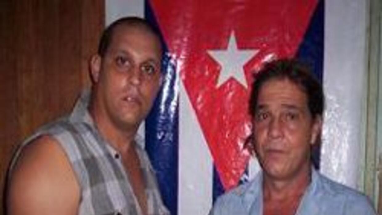 Foto de Ricardo Rubén Barreto Fuentes y Rodolfo Ramírez Cardoso, activis...