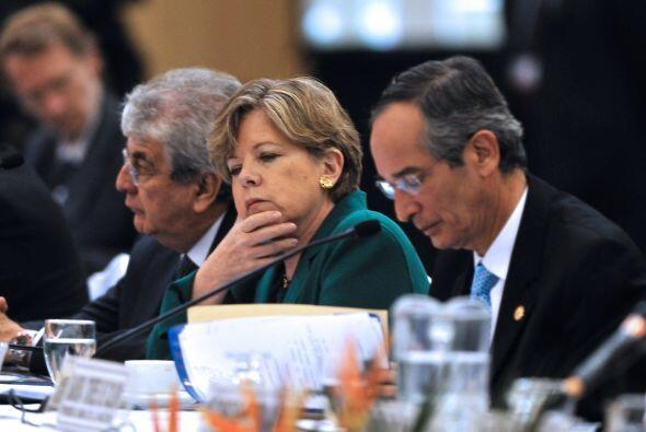 """Los guatemaltecos deben """"hacer una alianza nacional para la reconstrucci..."""