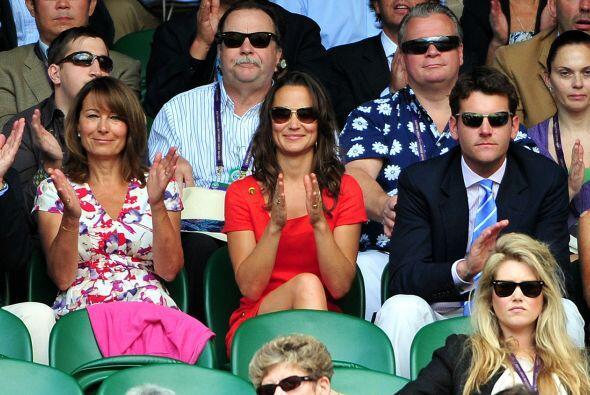 ¿Coincidencias? Muy cerca de Pippa estuvo la ex novia del príncipe Harry...