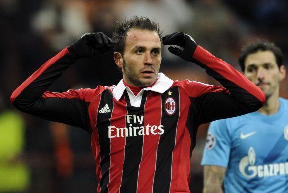 Milan sumó una derrota más cuando jugó ante el Zenit en el estadio San S...