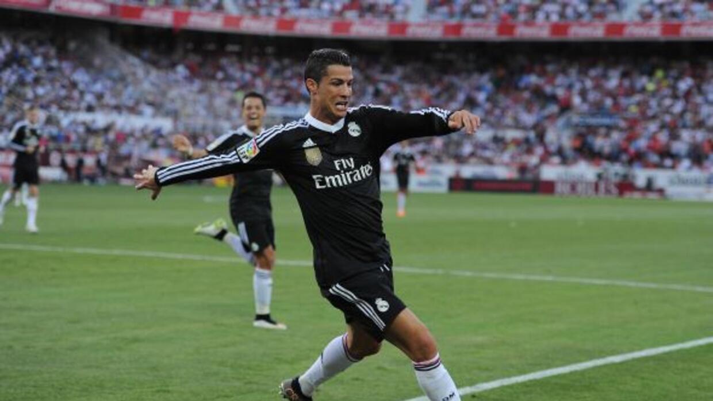 El crack portugués anotó los tres goles para darle la victoria al Madrid...