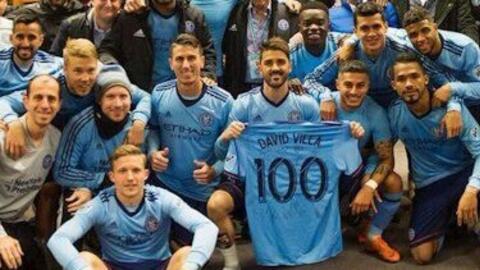 'El Guaje' celebró su partido número 100 en la MLS marcando un gol.