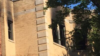 Voraz incendio en South Chicago deja saldo rojo