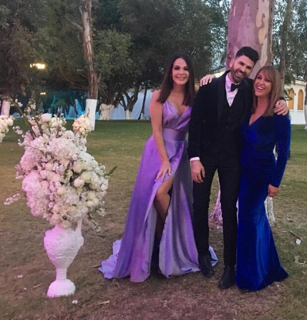 Miles de flores, lujo y romanticismo: así fue la gran boda de Marlene Fa...