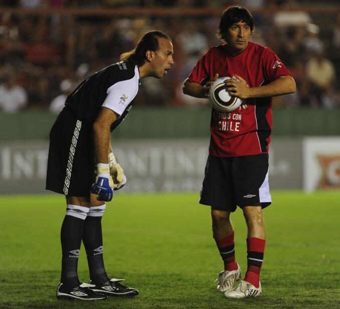 'Loco' Abreu vestirá en Uruguay su camisa 25 GettyImages-98131899.jpg