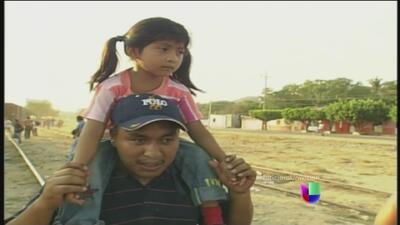 Salvadoreños lo dejaron todo por supuestos beneficios migratorios en Est...