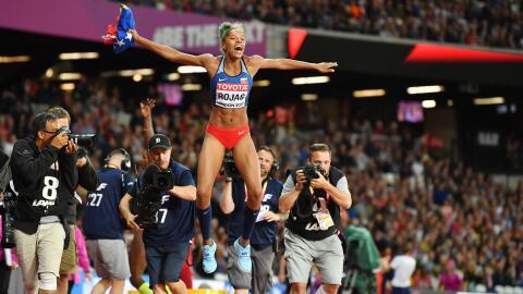 Yulimar Rojas de Venezuela es la monarca del orbe en salto triple.