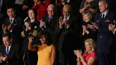 Oscar Vazquez, primero a la izquierda, en al fila detrás de la Primera Dama