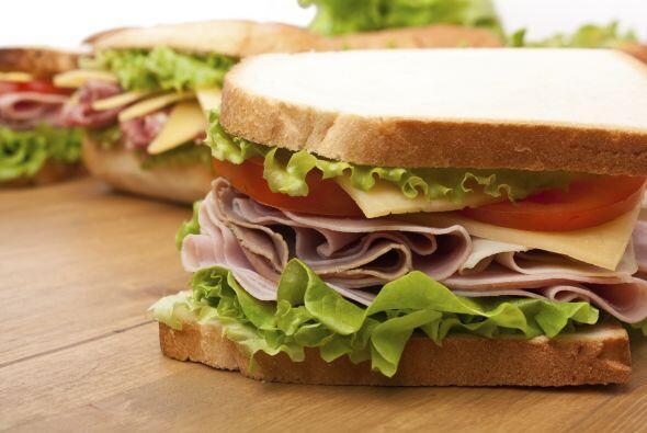 Ni todos los carbohidratos deben ser evitados para perder peso, ni neces...