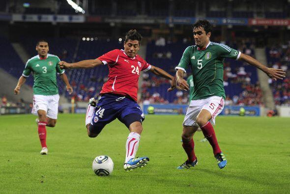 En ese mismo 2011 la selección mexicana derrotaría 1-0 a Chile en un par...