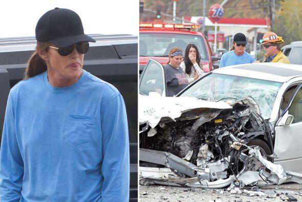 Bruce de inmediato estuvo cooperando con las autoridades que llegaron al...