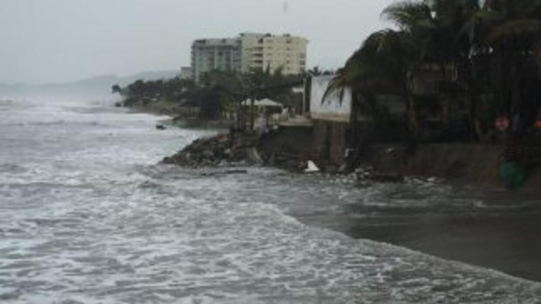 Playas mexicanas ante la cercanía de Dolores.