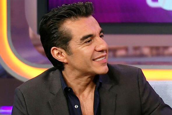 Adrián Uribe habló de su gran gira de comedia por los Esta...