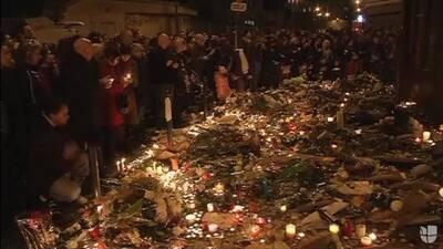 Pánico en la plaza de la República de París