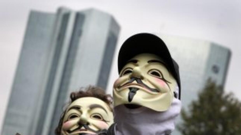 Hackers atacan las páginas web del Senado y Secretaría de Gobernación co...