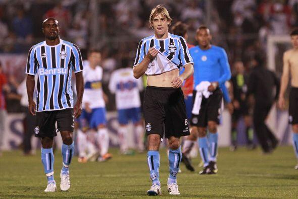 El Gremio de Porto Alegre se fue así de la cancha al ser eliminado por U...