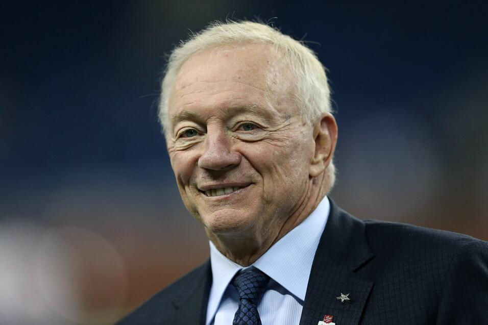 Los Broncos eligen a Trevor Siemian como su QB titular para la temporada...