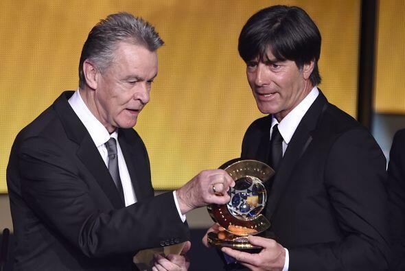 Joachim Löw, que llevó a Alemania a ganar la Copa del Mundo, ganó como m...