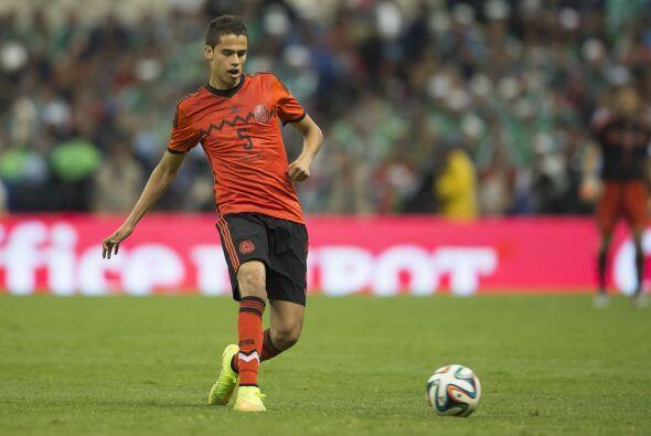 Reyes sería el otro central en teoría para este nuevo Tricolor, un jugad...