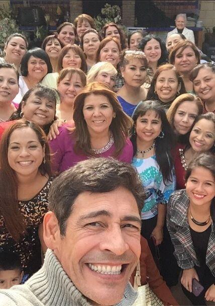 """""""Gracias A todas mis amigas de Monterrey la pase súper, Maribel gracias...."""