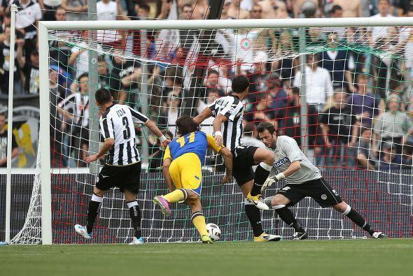 El hombre del Parma está recuperando su olfato goleador y lo demostró an...