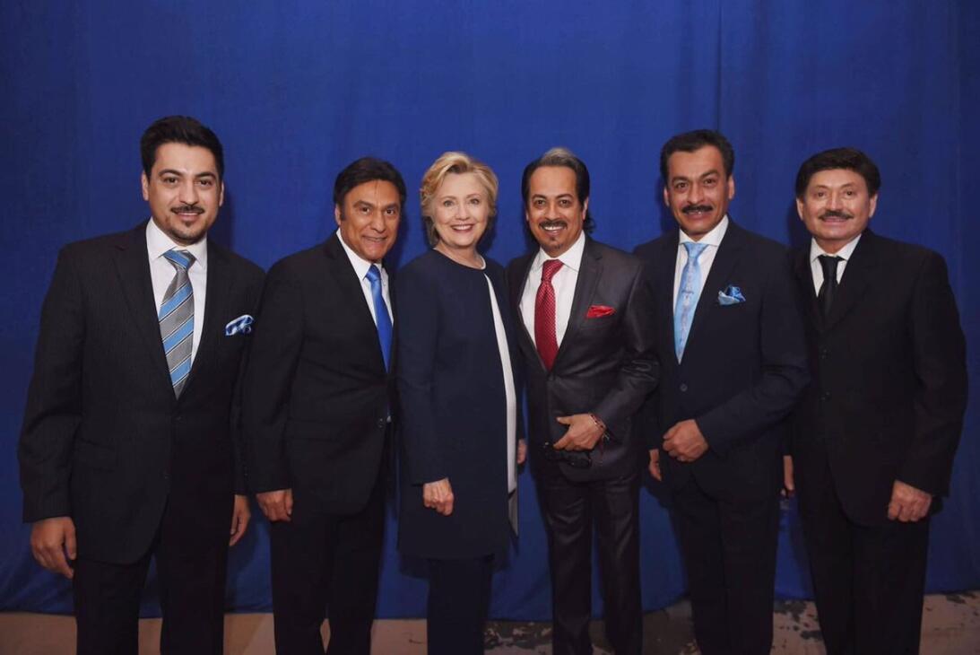 Los Tigres del Norte subieron a redes esta foto junto a la candidata pre...