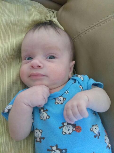 """El bebé de Carlitos 'el productor' está enfermito 😞: """"pronto, si Dios q..."""