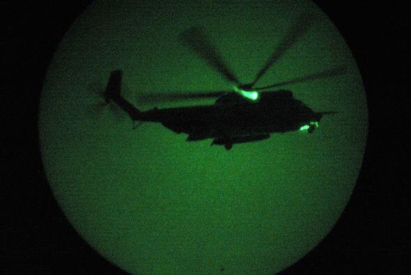 Los 24 efectivos llegaron en cuatro helicópteros, dos de los cuales se p...