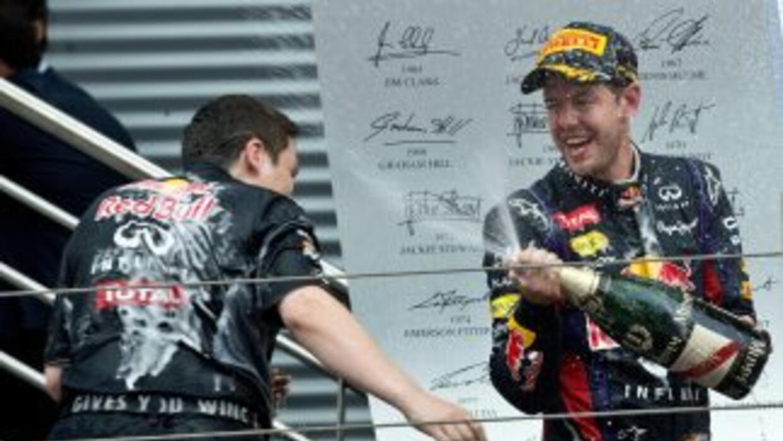 El piloto alemán nuevamente se quedó con la primera posición y sigue inc...