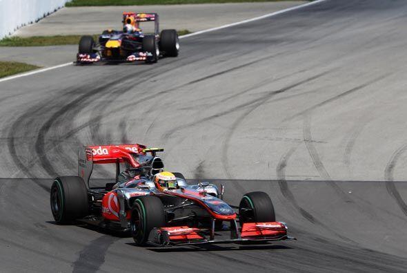 Aunque fue presionado por el equipo de Red-Bull, logró despegarse de sus...