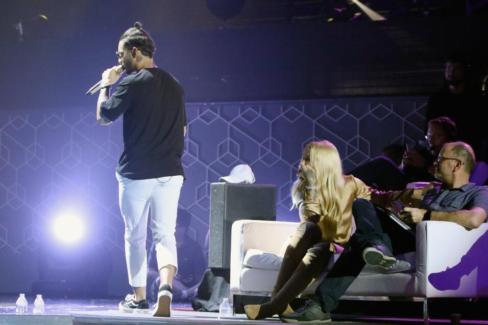 Maluma e Iggy Azalea en los ensayos de Premios Juventud.