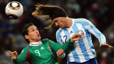 Historia de la rivalidad: México tendrá dos chances de oro para sacudirse del dominio argentino