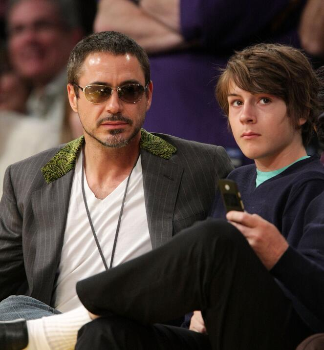 El 2014, Indio Downey (hijo de Robert Downey Jr.) fue arrestado en poses...