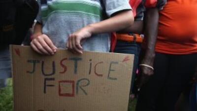Disgusto ante veredicto de caso George Zimmerman.