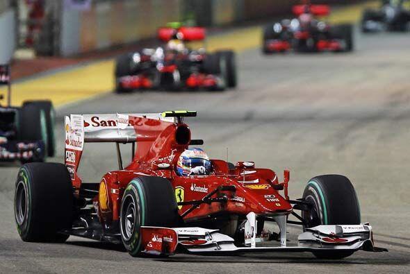 Después de su parada a 'pits', Alonso se mantuvo en primer puesto hasta...