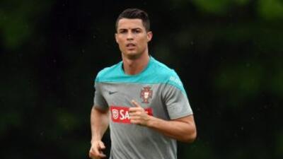 El portugués regresó a los entrenamientos con su equipo aunque siguen la...