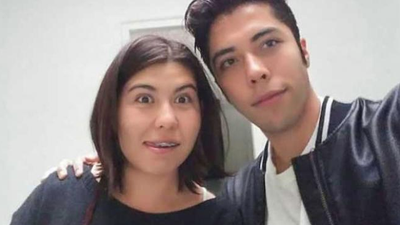 Esta fotografía, donde aparecen Anayetzin Fragoso y Omar Octavio,...