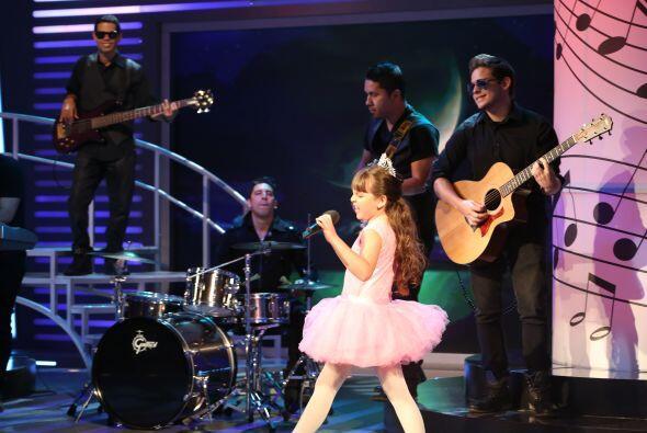 Y es que ella quiere ser actriz y prefiere las canciones que se prestan...