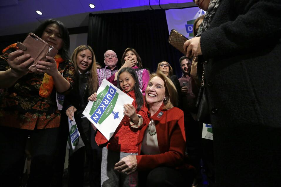 Primera alcaldesa abiertamente lesbiana en Seattle, Washington, Jenny Du...