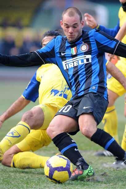 El Inter de Milán sigue sólido en la punta con un triunfo 1-0 sobre el C...