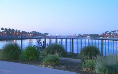 Reabren las playas de Alamitos en Long Beach tras la alerta de contamina...