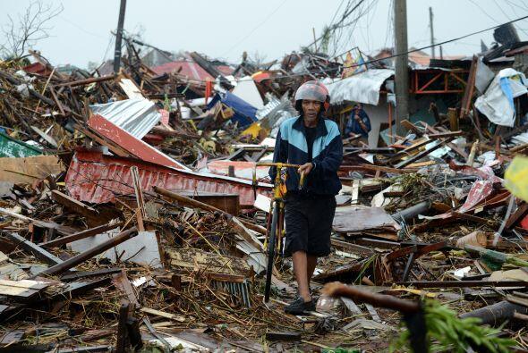 Unas 10,000 personas podrían haber muerto en la provincia filipin...