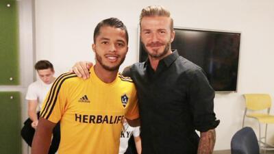 Giovani dos Santos y David Beckham