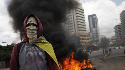 En fotos: manifestantes y fuerzas del orden público se enfrentan en varias ciudades deVenezuela
